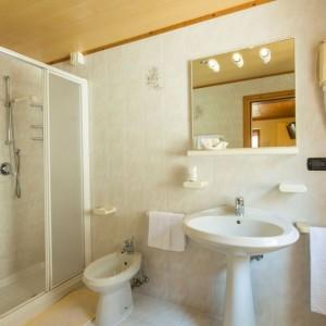 021-garni-ai-serrai-marmolada-hotel