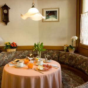 035-garni-ai-serrai-marmolada-hotel