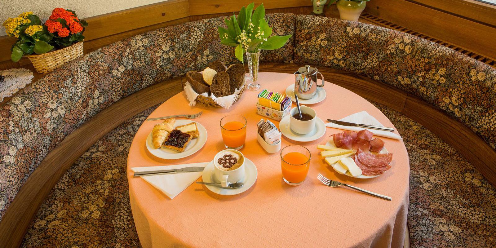 05-garni-ai-serrai-marmolada-colazione1